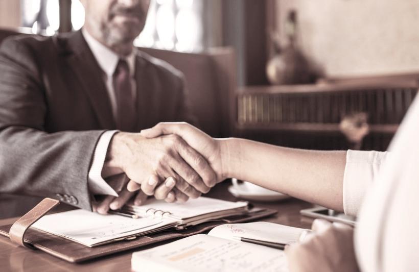 Finalizare pregătire si finalizarea unei afaceri de vânzare